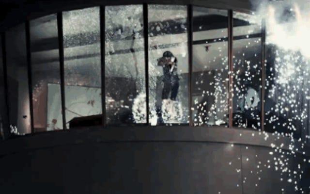 キングスマンは最近の映画史上最も美しい暴力を振るう