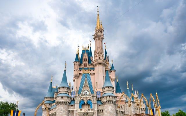 Disney World tiene papas fritas con langosta y se ven increíbles