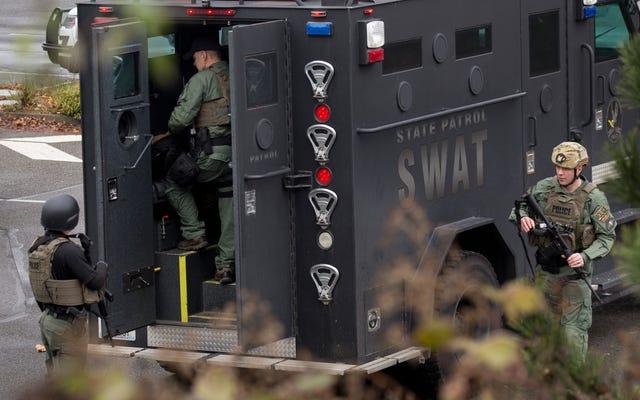 Virginia Man inculpée dans une affaire de `` swatting '' trouvée pour avoir des liens néo-nazis