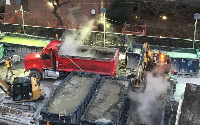 ニューヨーク市の地下鉄建設現場でこのグリーンウーズはどうしたの?
