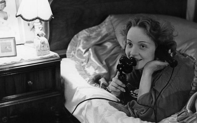 Tu teléfono inteligente y la falta de sueño podrían estar deprimiéndote