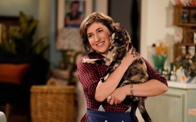 Đoạn teaser này cho bộ phim hài về quán cà phê mèo của Fox với Mayim Bialik cần thêm mèo