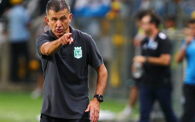 メキシコ代表チームのマネージャーはプレーヤーにMLSから離れるように言います