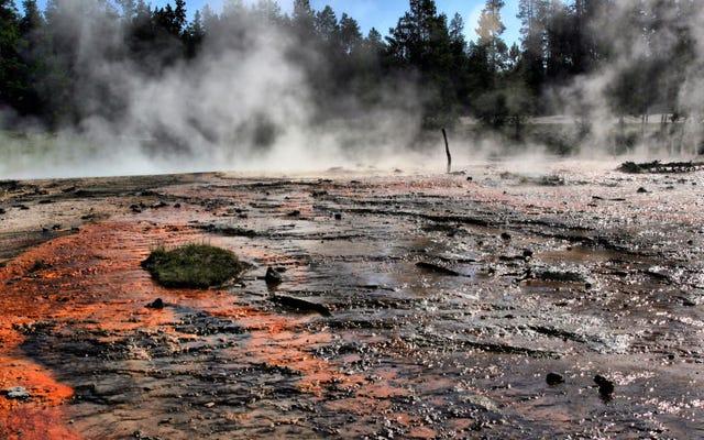Model komputer baru mengungkapkan lebih banyak rahasia gunung berapi super yang menakutkan di bawah Yellowstone