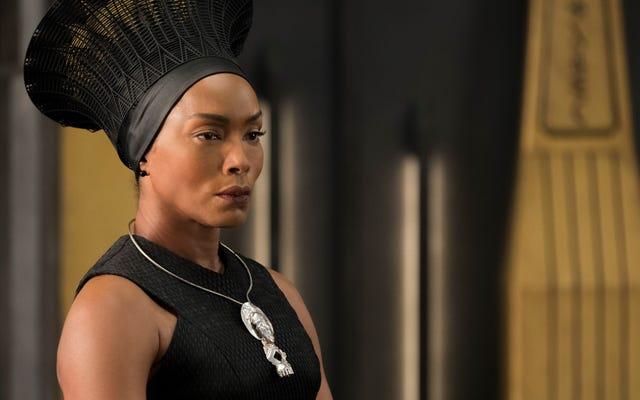 Angela Bassett avrebbe fatto un fantastico killmonger in Black Panther
