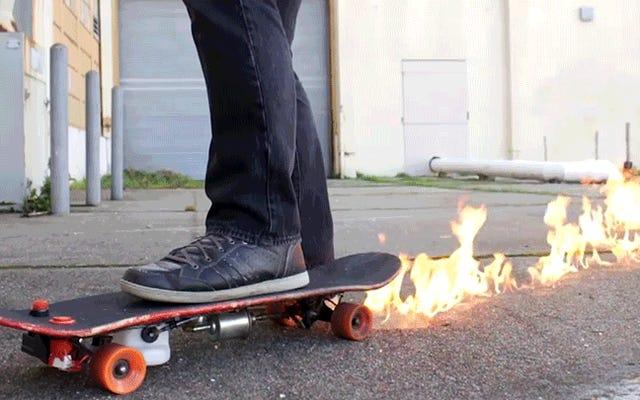 火炎放射器スケートボードを構築すると、すべてのトリックが無限に印象的になります