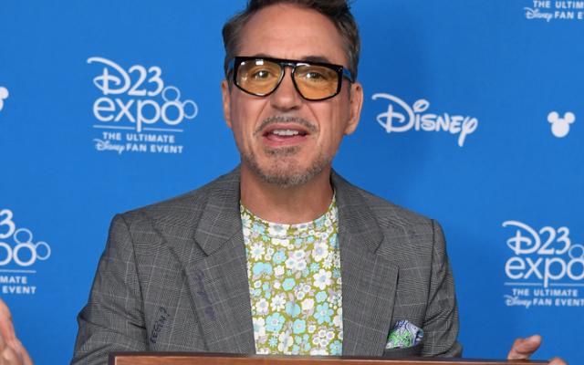 """Robert Downey Jr. dit que son rôle dans Tropic Thunder """"a fait exploser la casquette sur la question"""" de Blackface"""