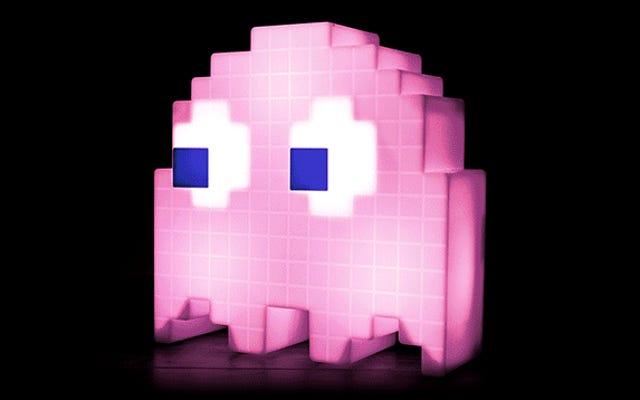 Осветите свой лабиринт спальни светящимся призраком Пакмана