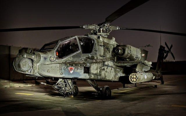 Uno dei nostri lettori sta volando su Apache in Afghanistan e sa davvero come usare una macchina fotografica