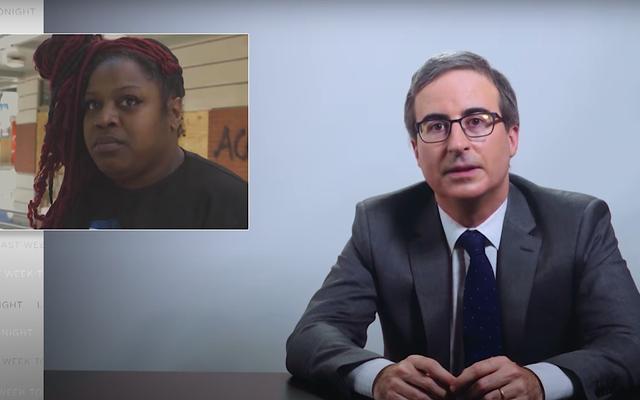 Mettant en lumière la violence policière raciste, John Oliver parle avec rage, écoute en larmes