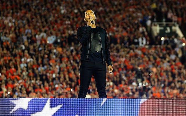 ジョン・レジェンドは国歌は「弱い」と考えており、彼は知っておくべきです