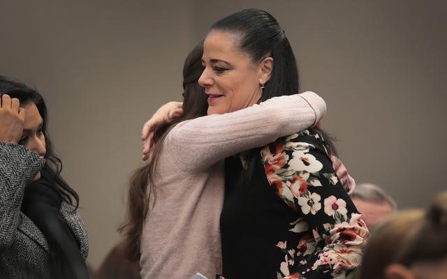 Davantage de femmes dénoncent les abus sexuels de Larry Nassar au deuxième jour de sa condamnation