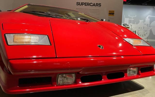 ピーターセン自動車博物館はあなたにその新しいスーパーカー展示会を見せたいです