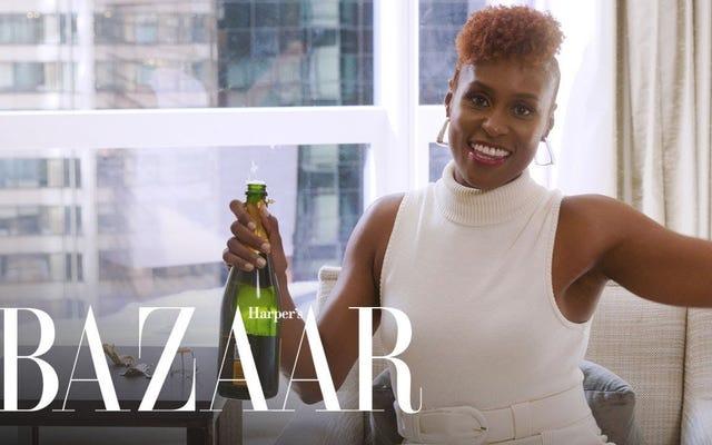 """Игры с выпивкой: Исса Рэй играет с Harper's Bazaar """"Никогда не видел"""""""