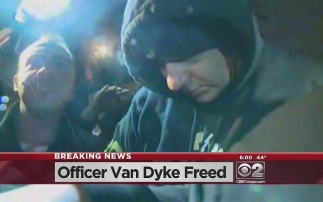ラカン・マクドナルドの殺害で起訴された警官が警察の資金調達のおかげで刑務所から出て行く