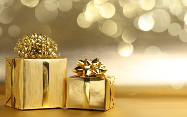 誰かにあなたの贈り物を気まずくせずに受け取ったかどうかを尋ねる方法