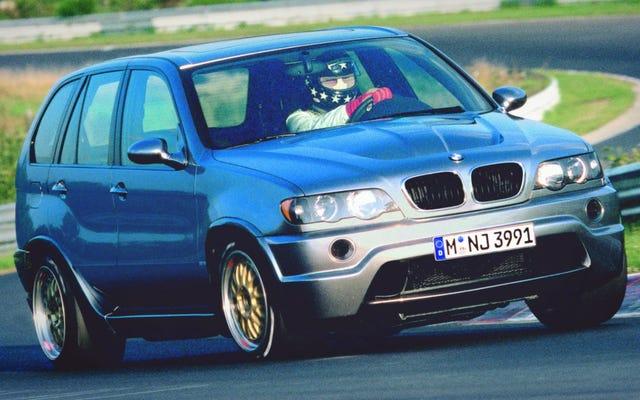 BMW'nin Le Mans Racing V12'yi X5'e Koyduğunu Hatırlıyor musunuz?