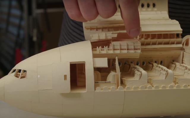 โบอิ้ง 777 รุ่นนี้ทำจากกระดาษ