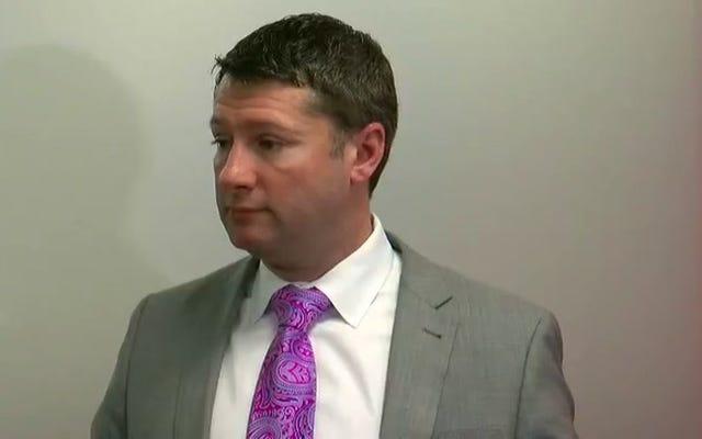 """ทนายความของเรกกีลินช์เตือนการทำร้ายทางเพศ """"ฮิสทีเรีย"""" หวังว่าเขาจะไม่มีปัญหากับภรรยาของเขา"""