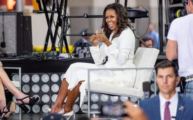 #VotingSquad:ミシェル・オバマはあなたにあなたの友人や家族を投票に連れて行って投票してほしいと言っています