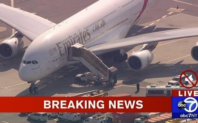Avión puesto en cuarentena en el aeropuerto JFK después de que los pasajeros se enfermaran misteriosamente [Actualizado]