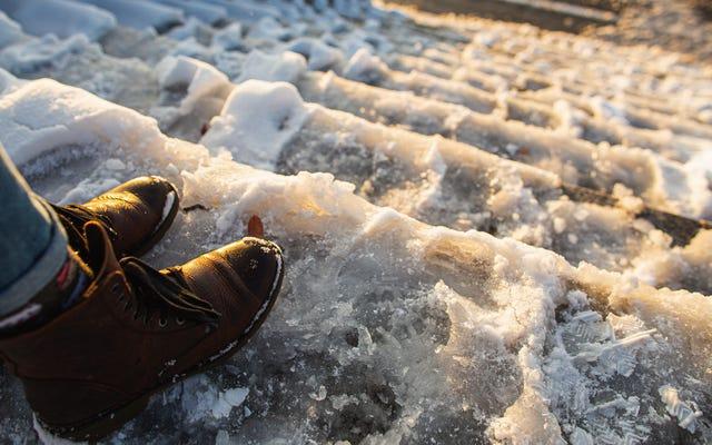 Jak poprawić równowagę, aby nie spaść tej zimy