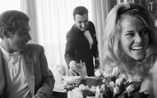 Jane Fonda In Five Acts traccia fasi disparate di una vita affascinante