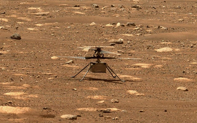 Regardez le contrôle de mission de la NASA alors qu'ils tentent leur premier vol en hélicoptère sur Mars