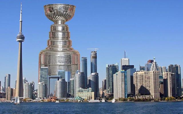 स्टैनले कप कितना लंबा होगा अगर NHL ने कभी किसी का नाम नहीं हटाया है?
