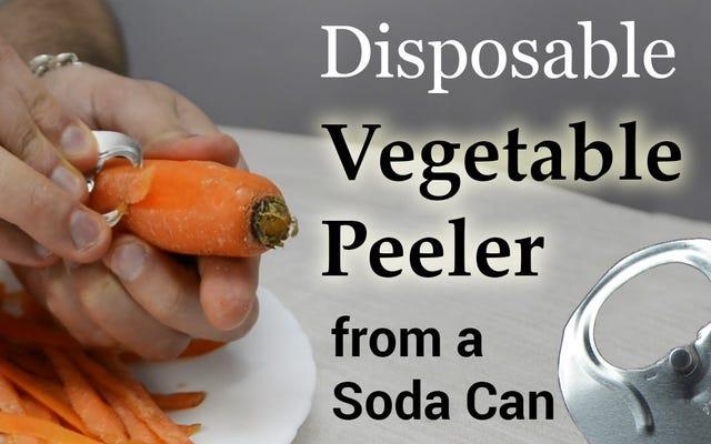 Zrób zaimprowizowaną obieraczkę do warzyw z pokrywki puszki po napojach gazowanych