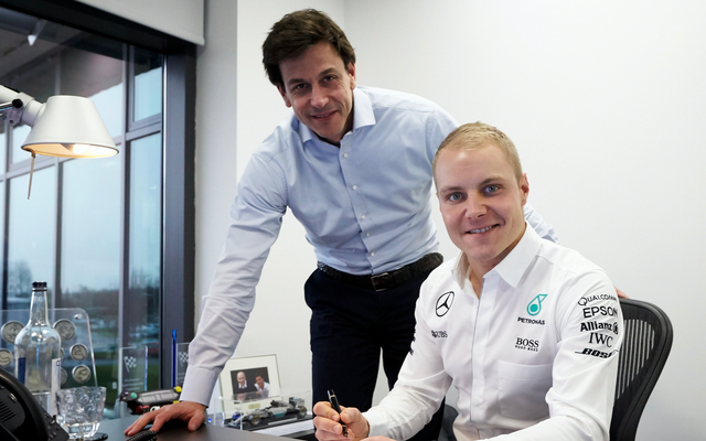 バルテリ・ボッタスがメルセデスF1シートを獲得、フェリペ・マッサが2か月後に引退
