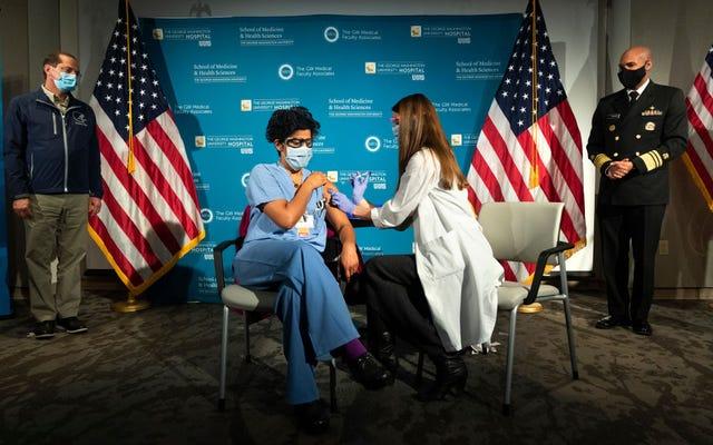 Akses Vaksin Perang Kelas Atas Covid-19 Telah Dimulai: Edisi Dokter Stanford