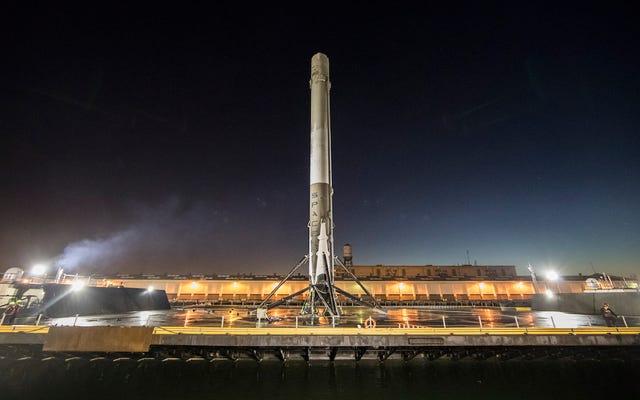 Pourquoi les fanatiques de l'espace paniquent à propos du prochain lancement de SpaceX