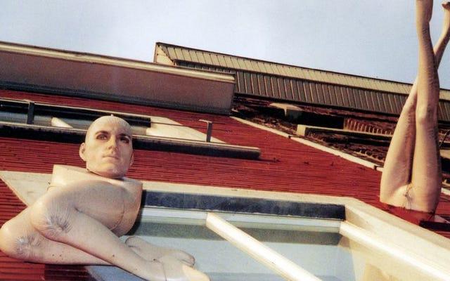 ロバートポラードはカバーアートの膨大なコレクションで100枚のアルバムを祝います