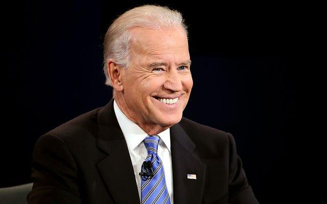 Todo lo que sabemos sobre el paquete Stimmy de Biden. Además, el senador Cory Booker y la representante Ayanna Pressley quieren dar bonos a los bebés