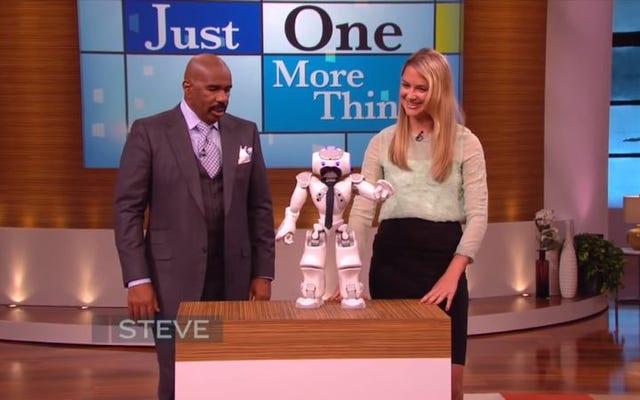 スティーブハーベイは、この不穏なビデオでロボットの乗っ取りが避けられないことに気づきました