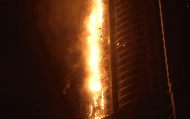Dubajska, niestety nazwana Torch Tower, nie przestanie się palić