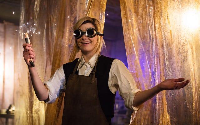 デビューしたジョディ・ウィテカーのドクター・フーは、ショーで10年ぶりの高評価を記録しました