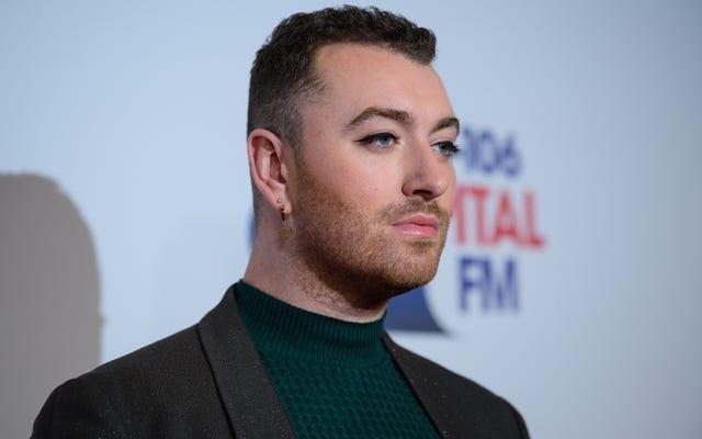 サム・スミスがアルバムタイトルの変更とリリースの延期を発表