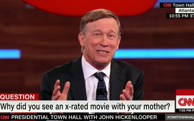 Ứng cử viên tổng thống John Hickenlooper chỉ nói về việc xem phim khiêu dâm với mẹ của anh ấy