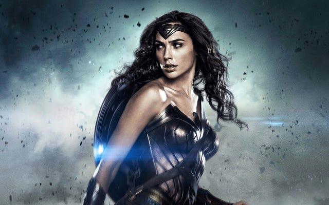 Gal Gadot percaya bahwa asal usul yang diberikan Batman v Superman kepada Wonder Woman itu buruk dan tidak masuk akal