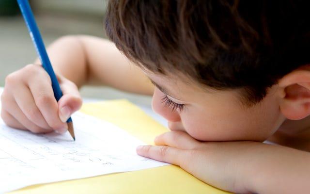 Haga que su hijo le escriba una carta a su yo pospandémico