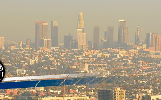 कैलिफ़ोर्निया आने वाले ट्रम्प EPA को चेतावनी देता है कि वह स्वच्छ-वायु नियमों पर जो चाहे करेगा वह करेगा