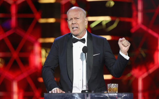 Bruce Willis, Zor Ölüm'ün bir Noel filmi olmadığını resmen açıkladı