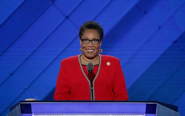 Marcia Fudge confirmée comme première femme noire à diriger le ministère du Logement et du Développement urbain en 40 ans