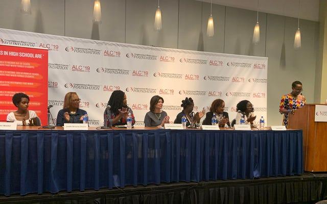 """Ayanna Pressley führt Gesetze ein, um den """"Pushout"""" von schwarzen Mädchen zu beenden"""