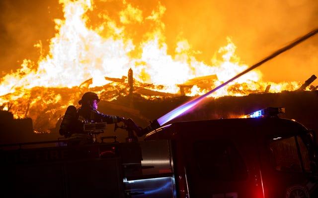 ジョージ・フロイド抗議行動中に発砲し、ミネアポリス警察署の炎上を支援したとして起訴されたブーガルー少年