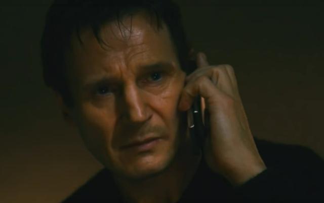 Liam Neeson descrive il suo particolare set di abilità e nasce una nuova mania d'azione