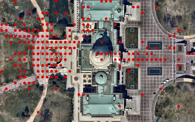 Người dùng Parler đột nhập sâu bên trong Tòa nhà Quốc hội Hoa Kỳ, Hiển thị Dữ liệu GPS