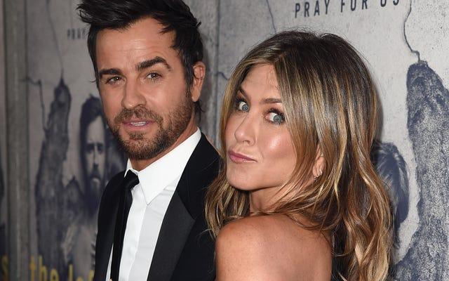 Jennifer Aniston aveva bisogno di uno psicologo per lavorare sul divorzio con Justin Theroux (e il suo enorme tatuaggio sulla schiena)
